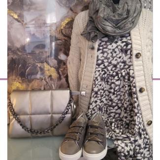 Look de la semana.  . . . . . . #look #lookdelasemana #outfit #outfitinspiration #ootd #moda #modamujer #modaotoño #modafemenina #mujer #shopping #tiendasvitoria #tiendademoda #gasteizon #asociacioncallegorbea